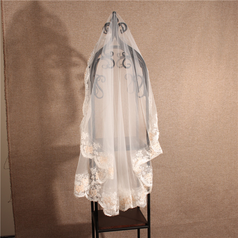 European Style White Short One Layer Lace Edge Bridal Wedding Veils
