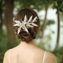 Elegant Decorative Rhinestone Hair Clip Pearl Leaf Design Bridal Side Headpiece